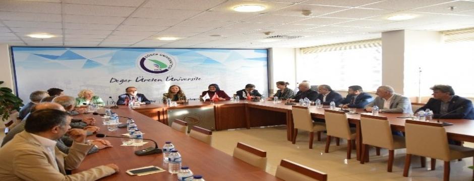 Düzce Üniversitesi İl Genel meclisini konuk etti