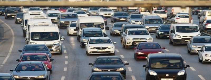 Trafiğe kayıtlı araç sayısı 23 milyon sınırında