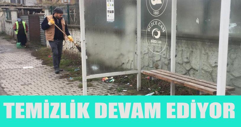Çocuk parklarında temizlik devam ediyor
