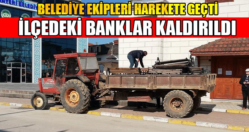 İlçedeki Banklar Kaldırıldı