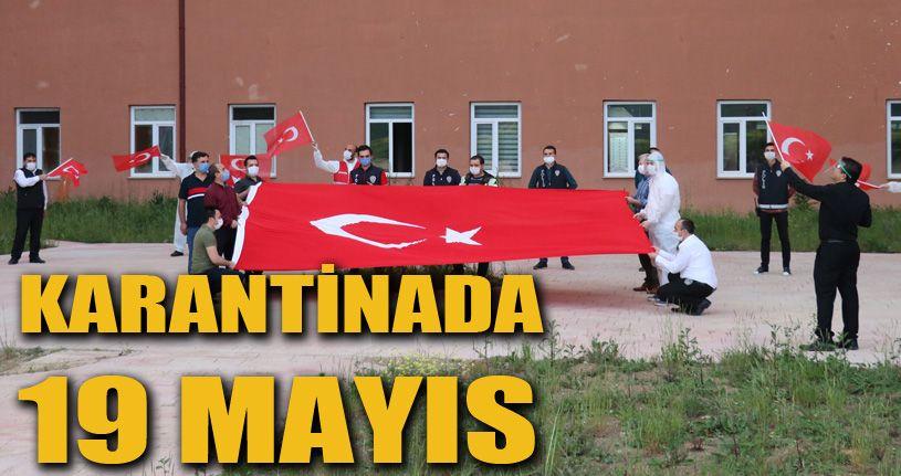Karantina yurdunda kalanlar için 19 Mayıs kutlaması