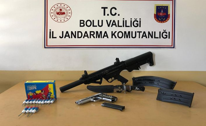 Uyuşturucu, silah ve kaçak içki operasyonu: 6 gözaltı