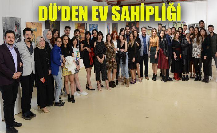 DÜ Karabük Üniversitesi Öğrencilerinin Mezuniyet Sergisine Ev Sahipliği Yaptı