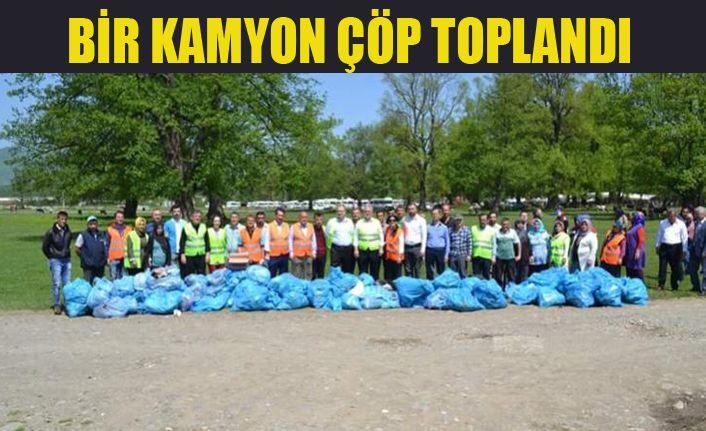 Gölyaka'da Çöp Toplama Seferberliği Başlatıldı