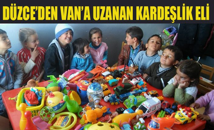 Hediyeler Van'lı çocuklara ulaştı