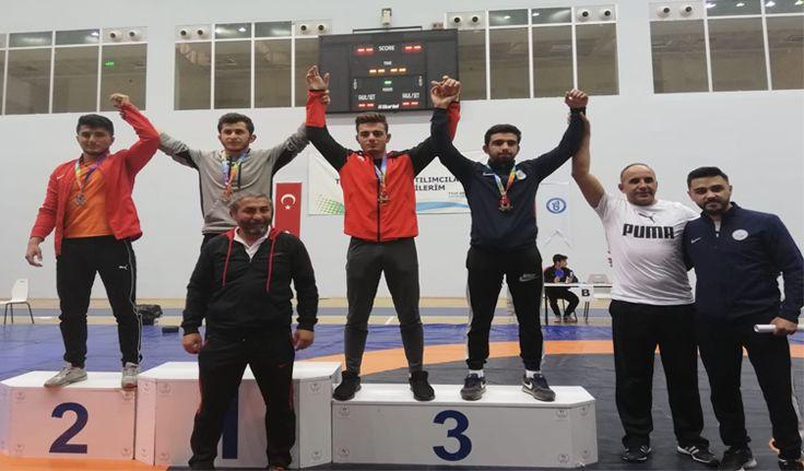 Güreş Şampiyonasında İkincilik Başarısı