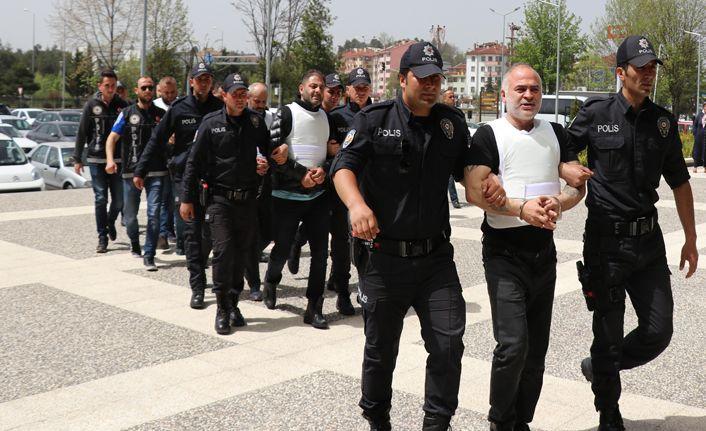organize suç örgütü şüphelisi 9 kişi adliyeye sevk edildi