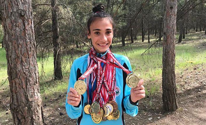 14 yaşında 33 tane madalya kazandı