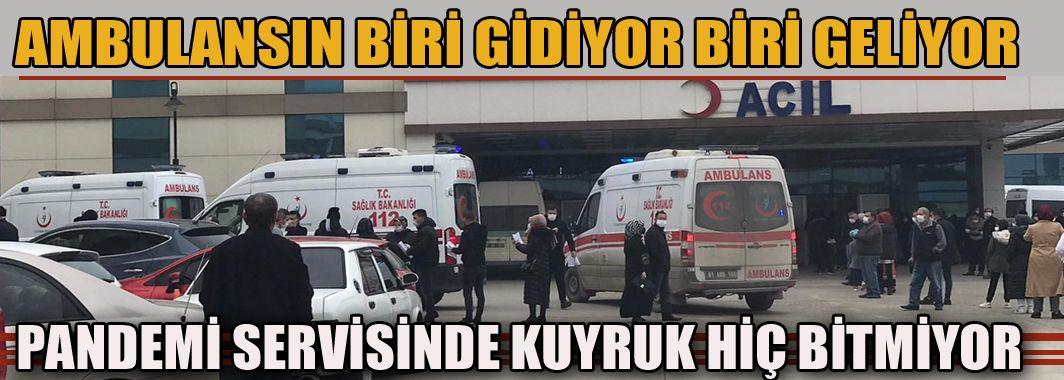Ambulansın Biri Gidiyor Biri Geliyor