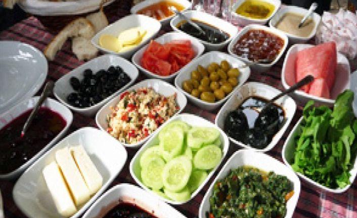 Kahvaltı yapmayan kişilerde kalp krizi riski artıyor
