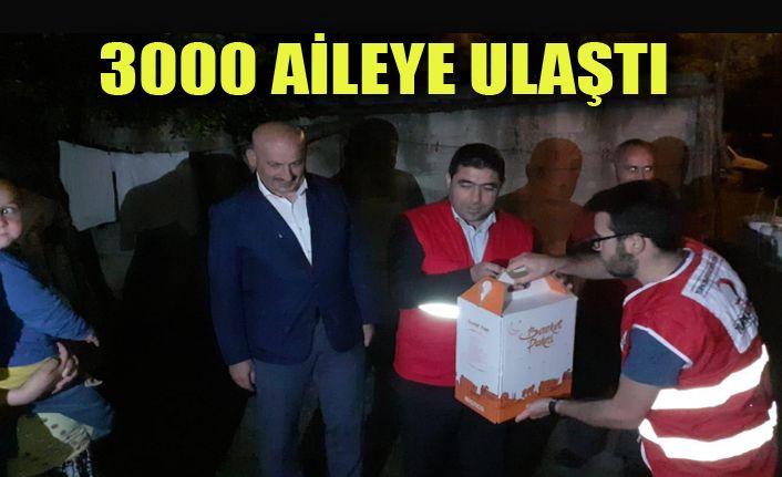 Kızılay Düzce Şubesi Boğaziçi'nde Ramazan Kolisi Dağıttı
