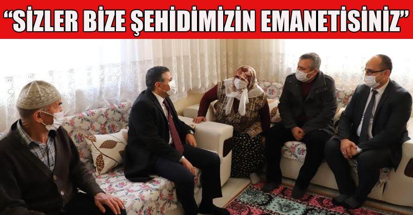 Vali Atay Şehit ailesini ziyaret etti