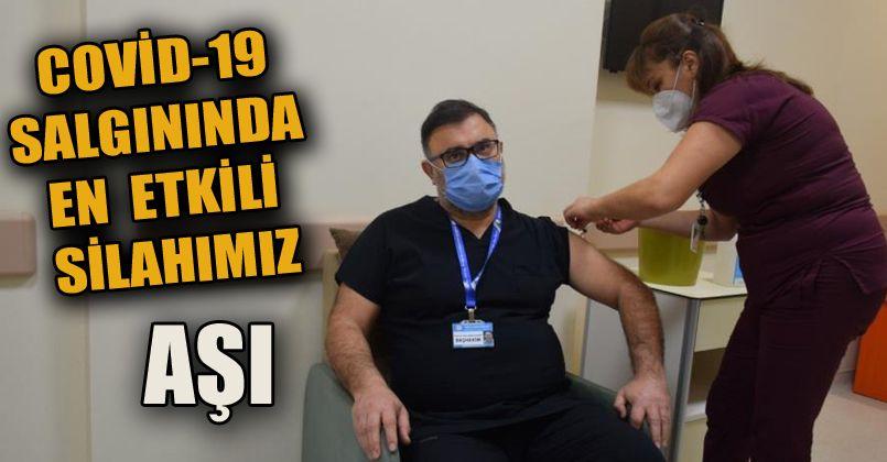 Düzce Üniversitesi Hastanesi'nde sağlık çalışanlarına aşı başlandı