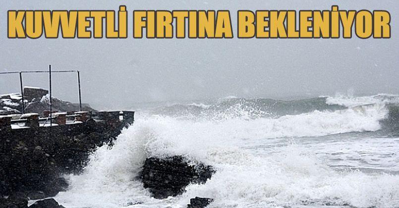 Karadeniz'de Kuvvetli Fırtına Bekleniyor