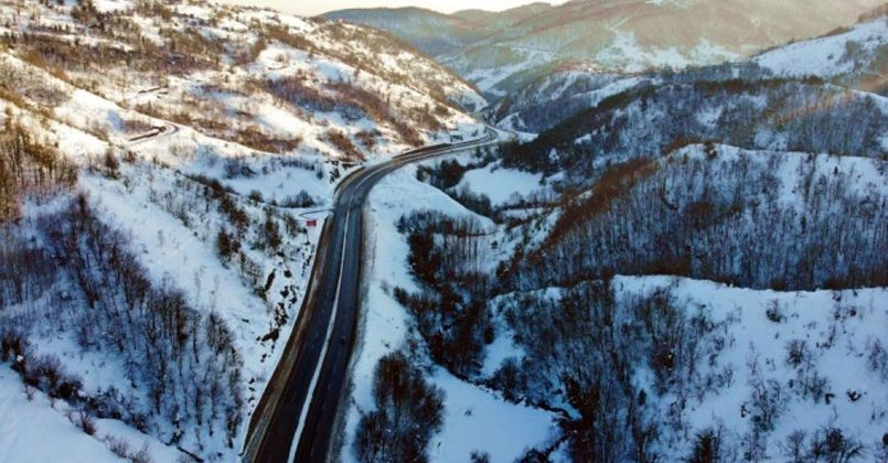 Zonguldak ormanlarında kış güzelliği