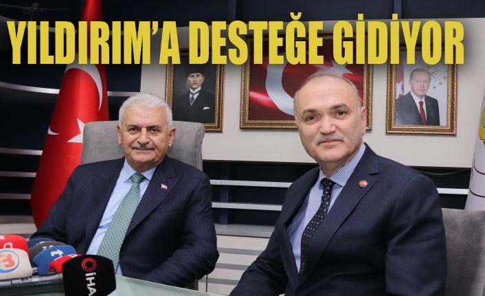 Bir Ayağı İstanbul'da Olacak