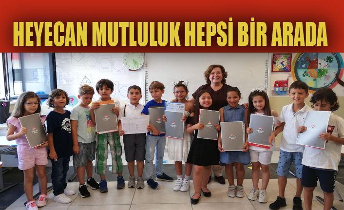 Bahçeşehir Koleji'nde ilk karne heyecanı