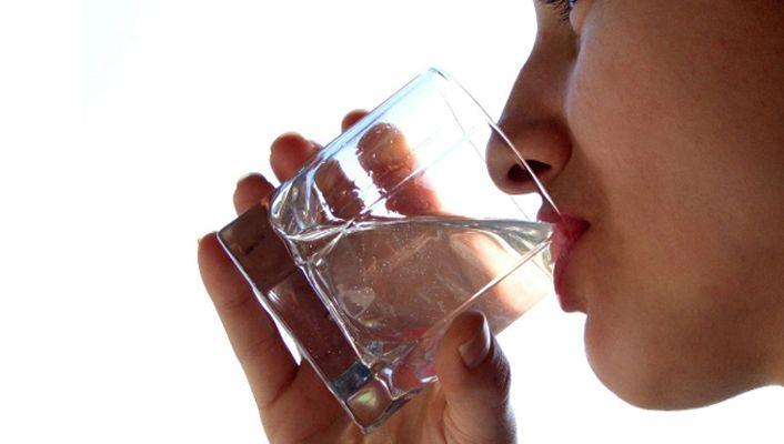 Sıcak havalarda bol sıvı tüketilmeli