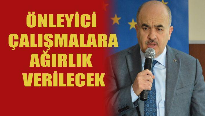 """Vali Dağlı, """"3 yıldır bağımlılıkla mücadele ediyoruz"""""""