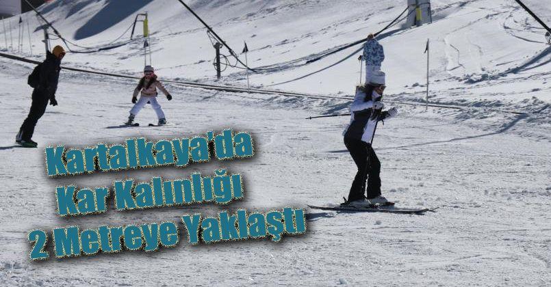 Kartalkaya'da kar kalınlığı 2 metreye yaklaştı