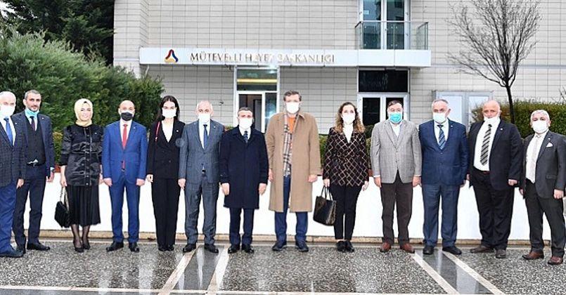 Düzce Heyetinden Rıfat Hisarcıklıoğlu'na Ziyaret