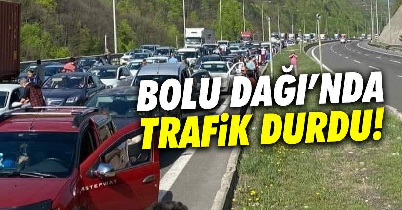 Bolu Dağı'nda trafik durdu