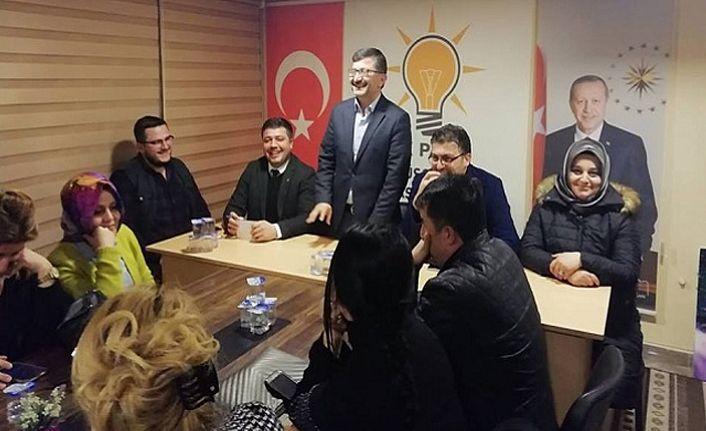 Ahmet Azap Ekibini Tanıttı