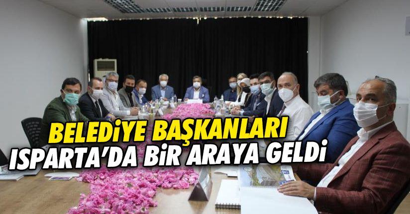 AK Partili belediye başkanları Isparta'da buluştu