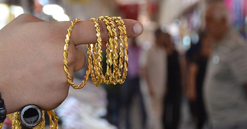 40 liraya Maraş burma bilezik, 90 liraya altın kemer