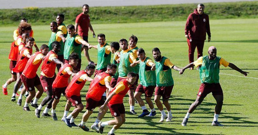 Galatasaray'da yoğun mesai sürüyor