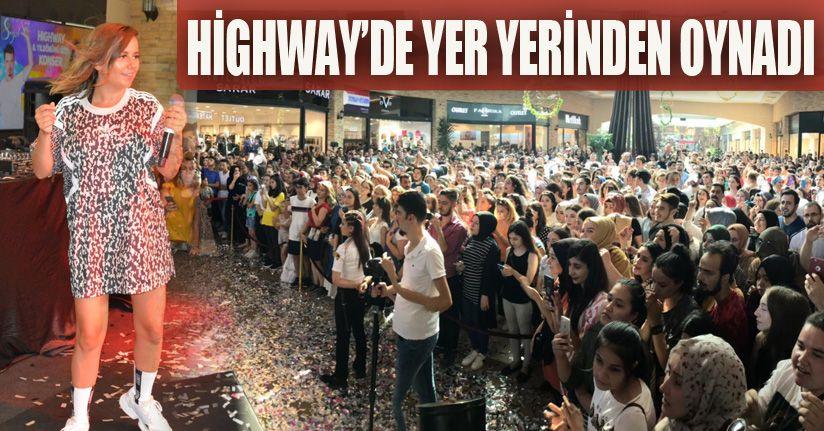 Merve Özbey&Erdem Kınay Hıghway'i Salladı!