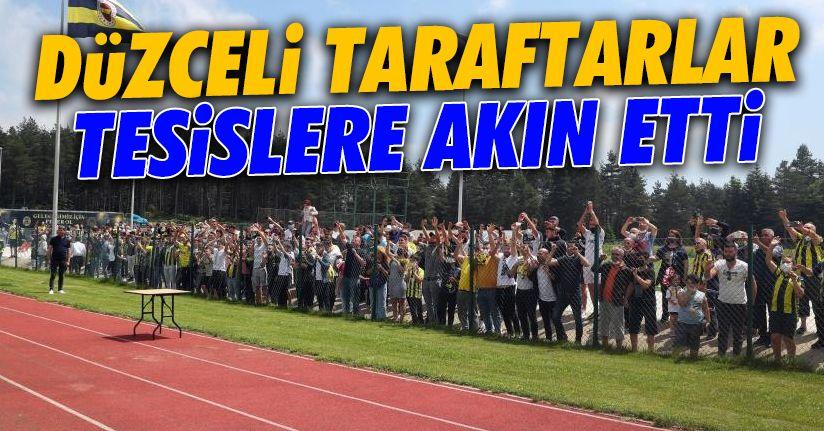 Fenerbahçeli taraftarlardan antrenmana yoğun ilgi
