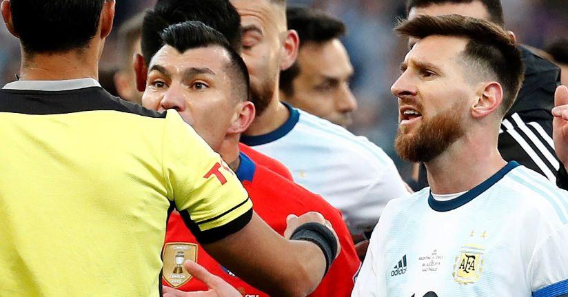 Lionel Messi'ye milli takımdan 3 ay men cezası