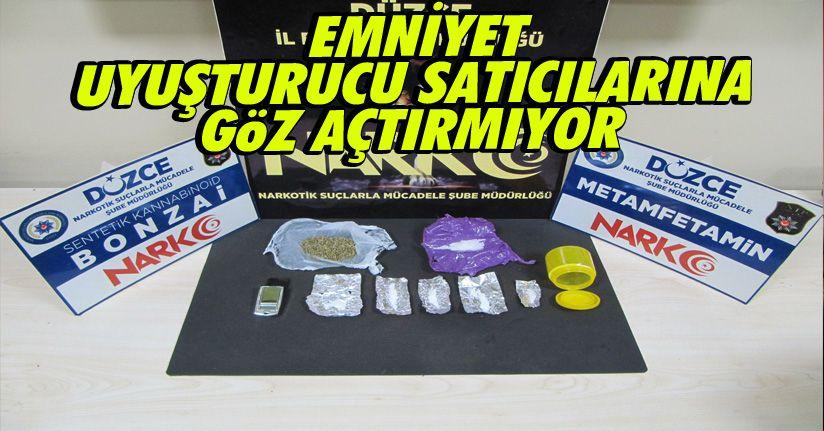 Uyuşturucu Ticareti Yaptığı Belirlenen 2 Kişi Yakalandı
