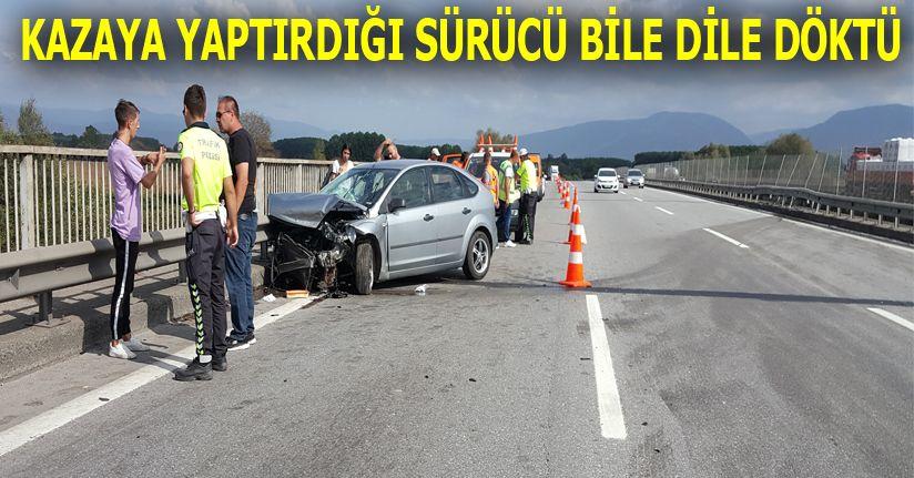 Otoyolda iki otomobil kaza yaptı; 2 kişi yaralandı