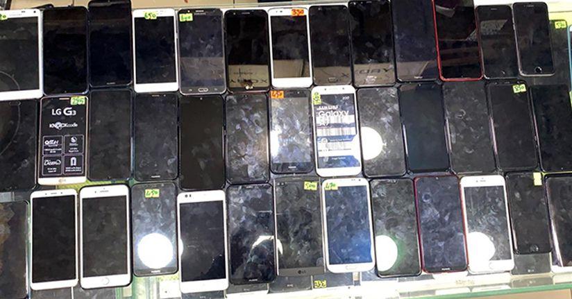 Polisten 'klon' telefon operasyonu