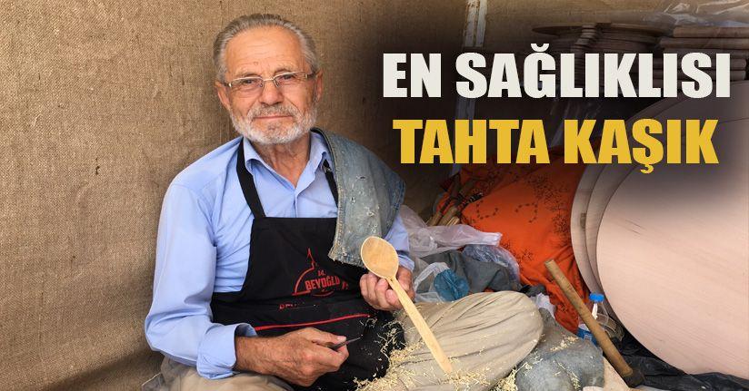 72 yaşındaki kaşık usta 62 yıldır şimşir kaşık üretiyor