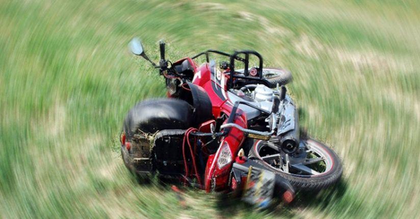 Bolu'da şarampole uçan motosiklet sürücüsü öldü