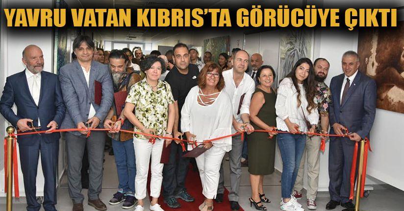Sanat Tasarım ve Mimarlık Fakültesi Dekanının Eserleri Kıbrıs Modern Sanat Müzesi'nde Sergileniyor