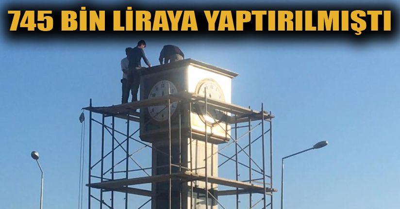 Saat Kulesinin Yıkımına Başlandı